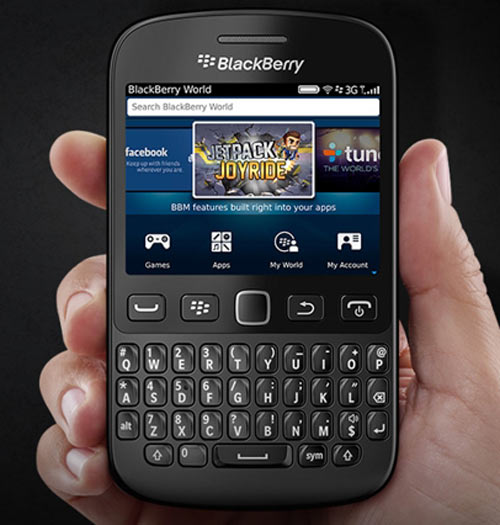"BlackBerry 9720: Quay lại sự ""thuần khiết"" - 1"