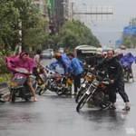 Tin tức trong ngày - Chùm ảnh siêu bão Utor tàn phá Trung Quốc