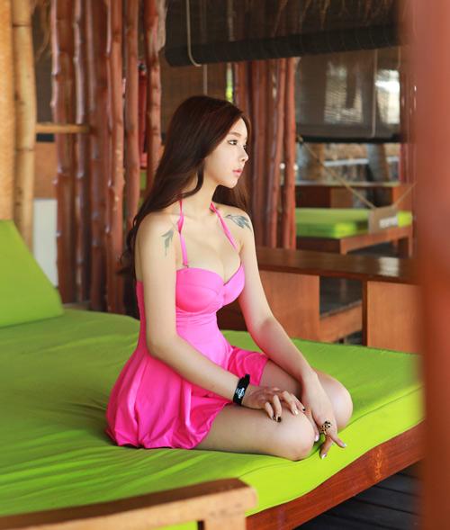 Thiếu nữ Hàn gây sốt cộng đồng mạng - 3