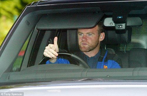 Rooney đã trở lại đội 1 MU - 1