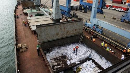 Panama sẽ phạt tàu Triều Tiên 1 triệu USD - 1