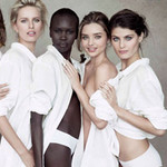 Thời trang - Dàn siêu mẫu cùng nhau buông lơi cúc áo