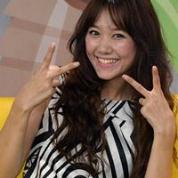 Hotgirl Hàn đắt show tại VN