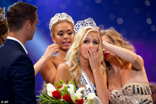 Hoa hậu tuổi teen Mỹ bị tống tiền - 2