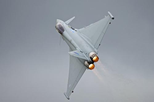 Top 24 máy bay quân sự hàng đầu thế giới (P1) - 4