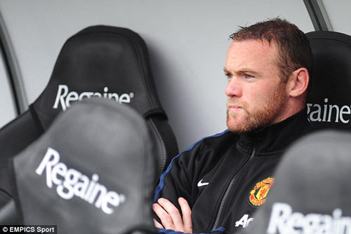 Rooney giúp Persie và Welbeck ghi bàn - 3
