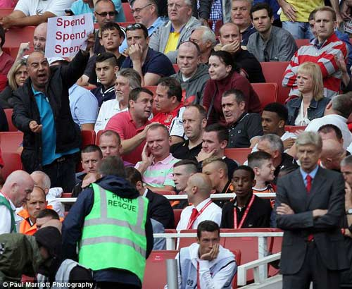 Wenger không chịu thừa nhận sai lầm - 3