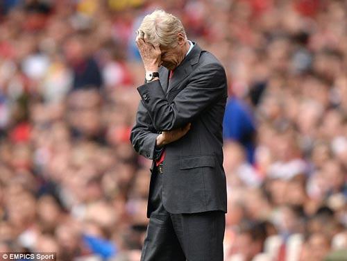 Wenger không chịu thừa nhận sai lầm - 2