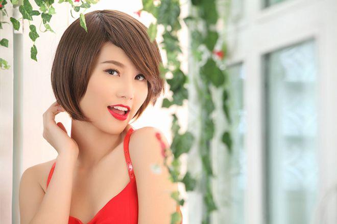 Diễm My 9X khoe tóc tém quyến rũ - 4