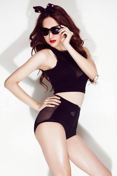 """""""Bản năng"""" nữ tính của Hương Giang Idol - 7"""