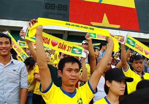 """XMXT.SG-SLNA: Lại """"sốc"""" vì fan xứ Nghệ - 7"""