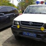 Tin tức trong ngày - Khám xe đâm vào CSGT, phát hiện còng số 8