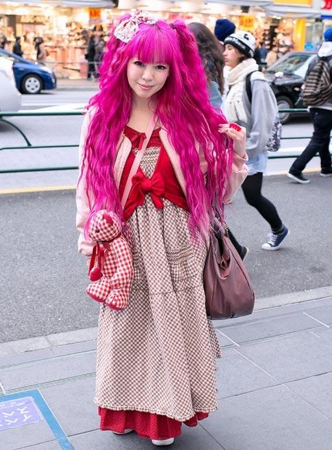 """""""Búp bê """" Nhật lang thang trên phố đông - 15"""
