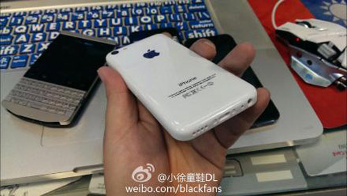 iPhone 5S, iPhone 5C tiếp tục xuất hiện - 3