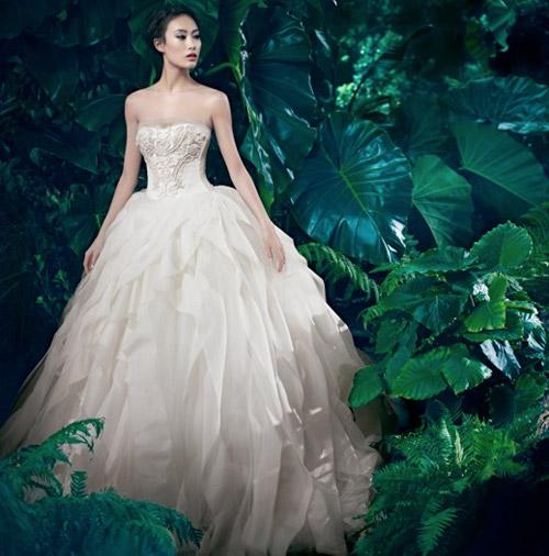 Siêu mẫu Liu Wen là triệu phú đô la - 12