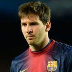 Bóng đá - Messi nôn ngay trên sân