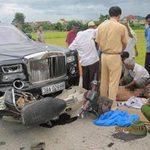 Tin tức trong ngày - Bị siêu xe Rolls Royce tông, 2 người tử nạn