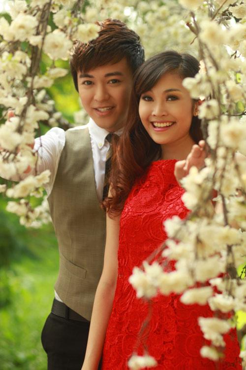 Phan Anh, Thùy Linh lãng mạn bên hoa - 2