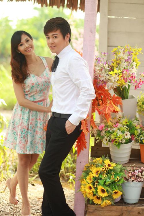 Phan Anh, Thùy Linh lãng mạn bên hoa - 3