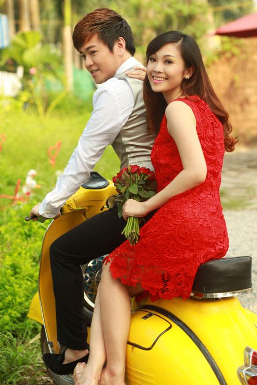 Phan Anh, Thùy Linh lãng mạn bên hoa - 6
