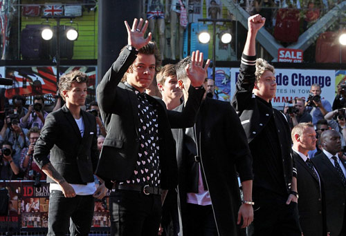 """70.000 fan """"cuồng nộ"""" đón One Direction - 6"""