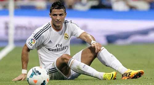 Vị trí mới không thích hợp với Ronaldo? - 1