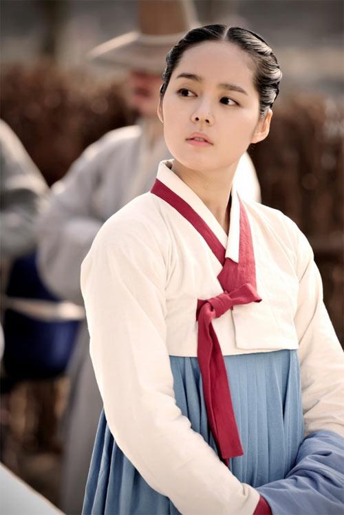 Han Ga In xinh đẹp từ tấm bé - 7