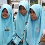 Tin tức trong ngày - Indonesia: Nữ sinh phải kiểm tra trinh tiết?