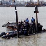 """Tin tức trong ngày - Hải quân Ấn Độ """"bó tay"""" với tàu ngầm bị đắm"""