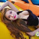 Ô tô - Xe máy - Hot girl Sài Gòn siêu nóng bên xế độ