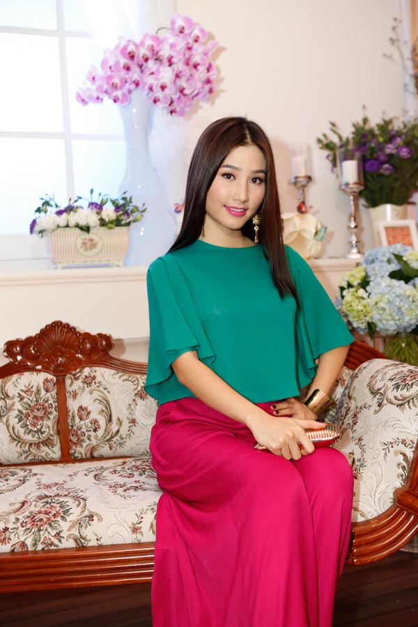Mẹ chồng Tăng Thanh Hà khoe nét tươi trẻ - 17