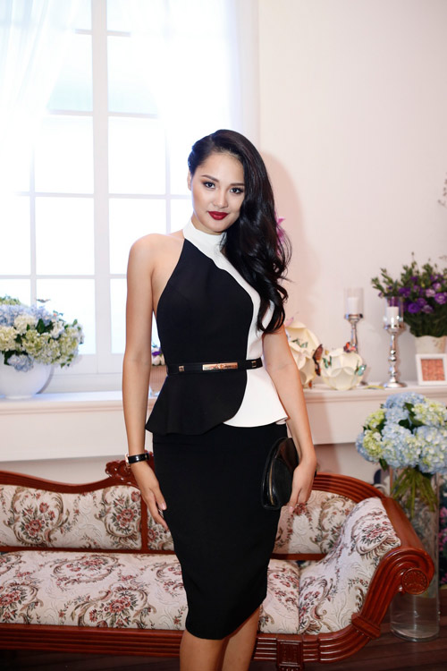 Mẹ chồng Tăng Thanh Hà khoe nét tươi trẻ - 8