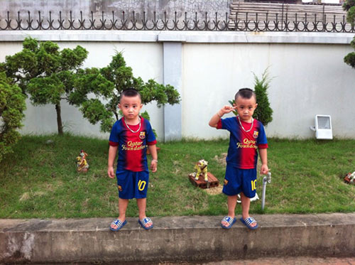 Minh Vương khoe 2 quý tử song sinh - 11