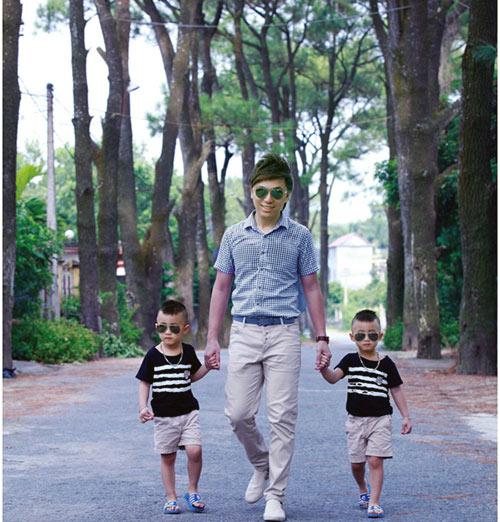 Minh Vương khoe 2 quý tử song sinh - 14