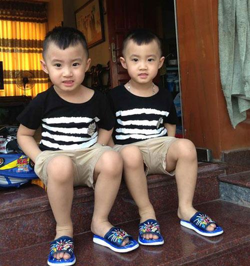 Minh Vương khoe 2 quý tử song sinh - 8