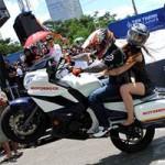 Ô tô - Xe máy - Hồi hộp xem trình diễn mô tô mạo hiểm