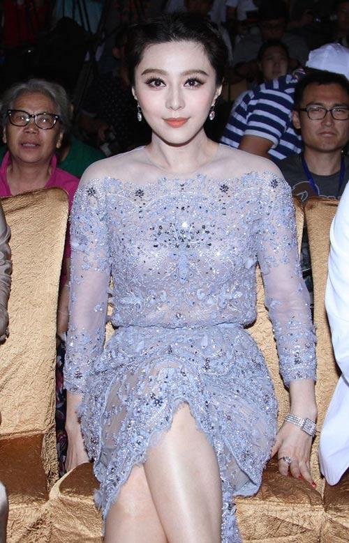 Áo tắm của hoa hậu Hong Kong quá hở hang - 10