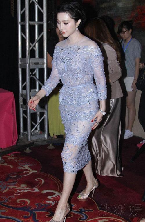 Áo tắm của hoa hậu Hong Kong quá hở hang - 8