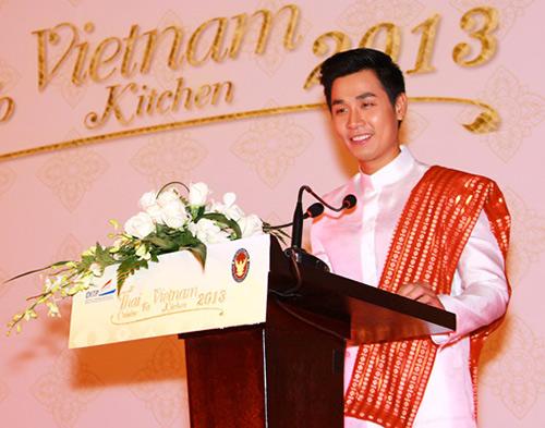 Nguyên Khang háo hức tập nấu món Thái - 1