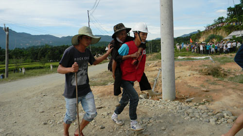 Diễn tập ứng phó với động đất tại Bắc Trà My - 7
