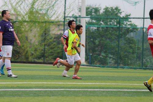 Running Man lên sóng truyền hình TQ - 7