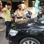 Tin tức trong ngày - Sang tên đổi chủ bỗng dưng mất ô tô