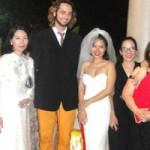 Ngôi sao điện ảnh - Mai Khôi diện váy độc trong ngày cưới