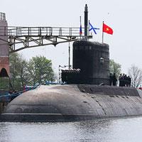 Ký biên bản nghiệm thu Tàu ngầm Hà Nội