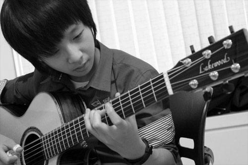 Thần đồng guitar Hàn Quốc đến Việt Nam - 1