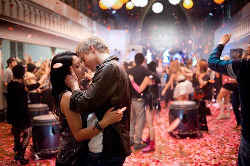 Vũ điệu Romeo & Juliet thế kỷ 21 - 11