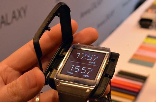 Đồng hồ thông minh Samsung Galaxy Gear trình làng - 4