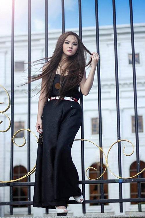 Hot girl đắt sô nhất Campuchia - 11