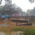 Tin tức trong ngày - Hà Nội: Nữ sinh viên nhảy sông tự tử