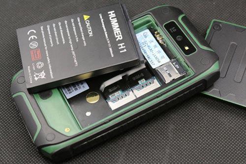 Trào lưu điện thoại độc chịu va đập, chịu nước - 5